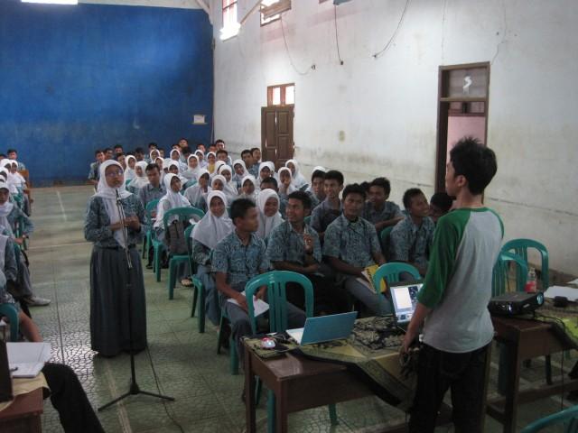 Seminar SMK 1 Lemahsugih - Dani R Taufani