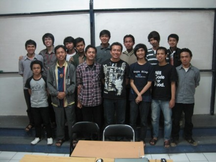 Seminar Windows Phone 7 STMIK AMIK